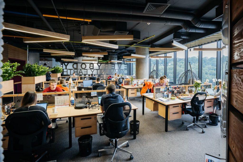 Сотрудники-бумеранги как правило зарабатывают больше при той же продуктивности – исследование