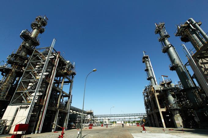 Бухарский НПЗ побил исторический рекорд по производству бензина