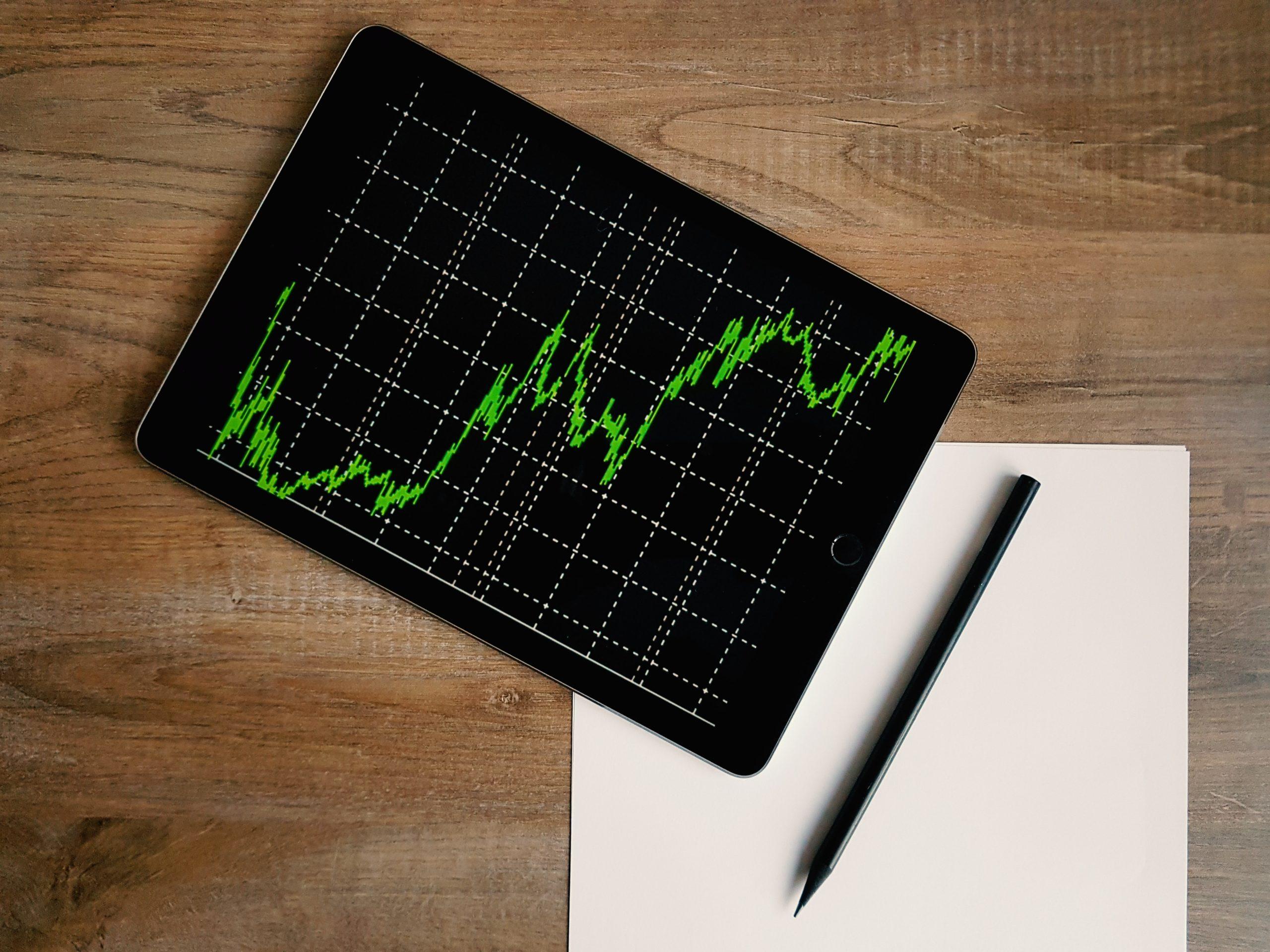 Эксперт прокомментировал рост объема торгов на фондовой бирже