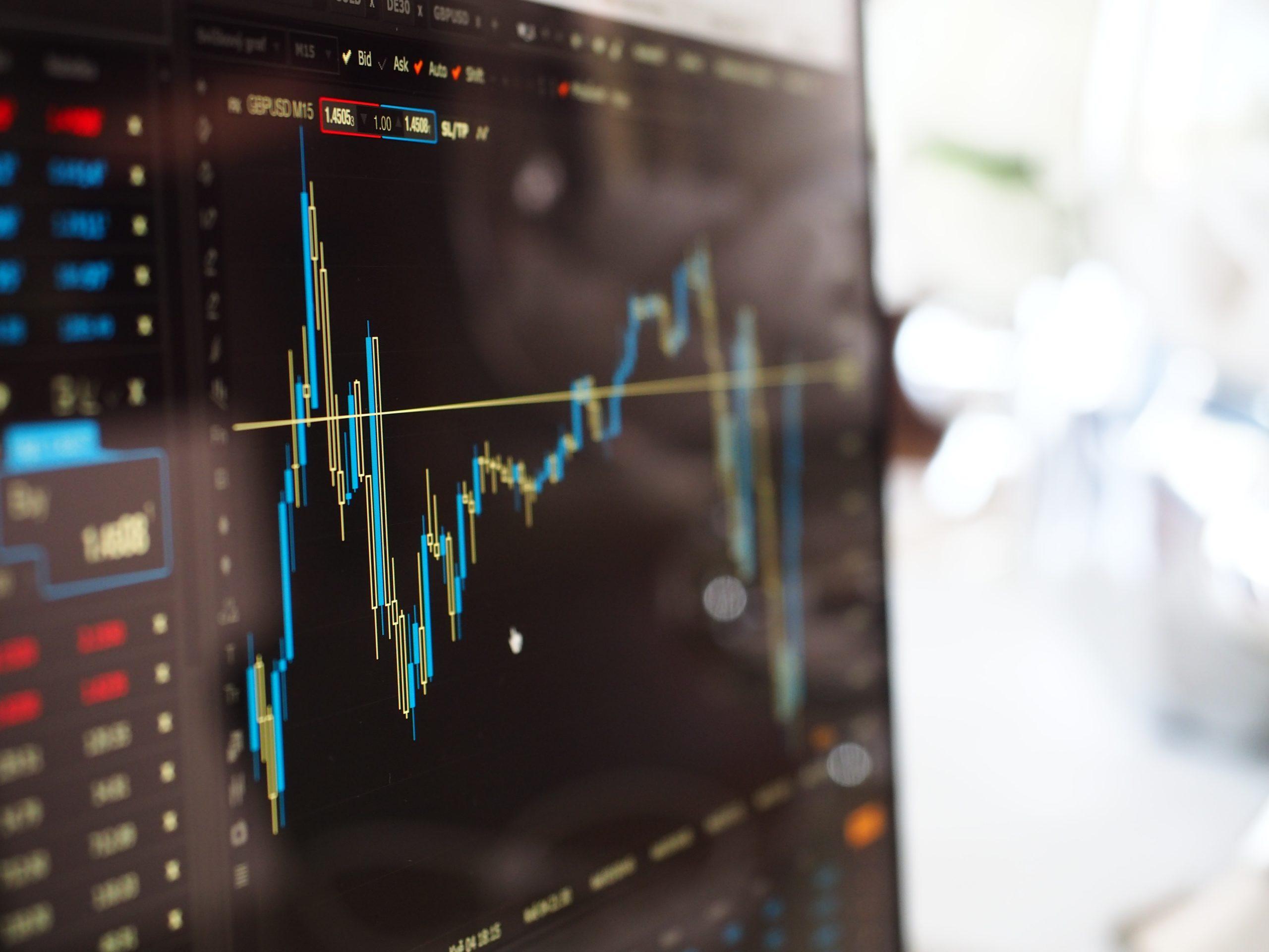 Объем госдоли в суммарном выпуске акций за неделю снизился на 7,5%