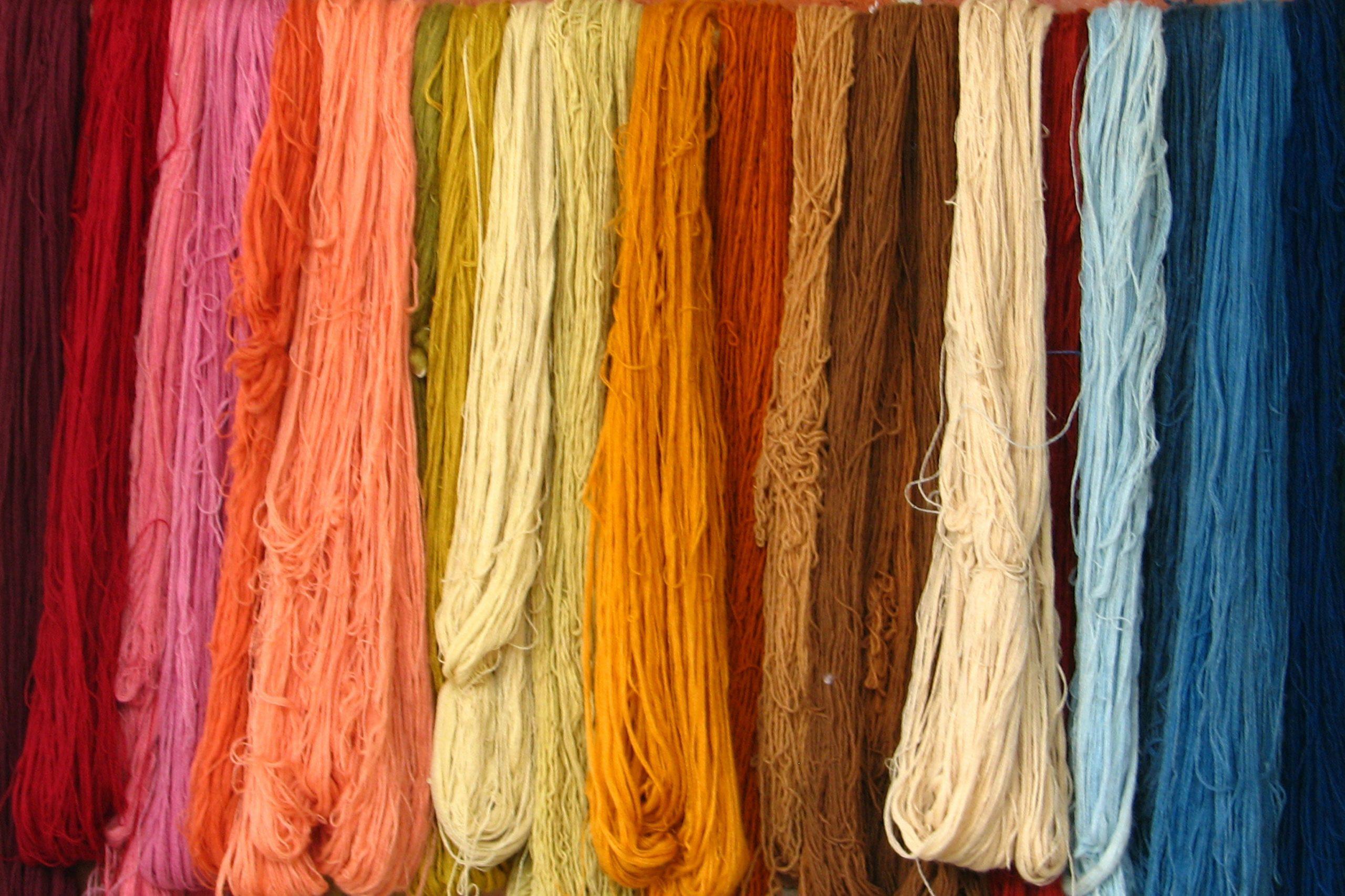 Объем экспорта текстильной продукции увеличился почти на $300 млн