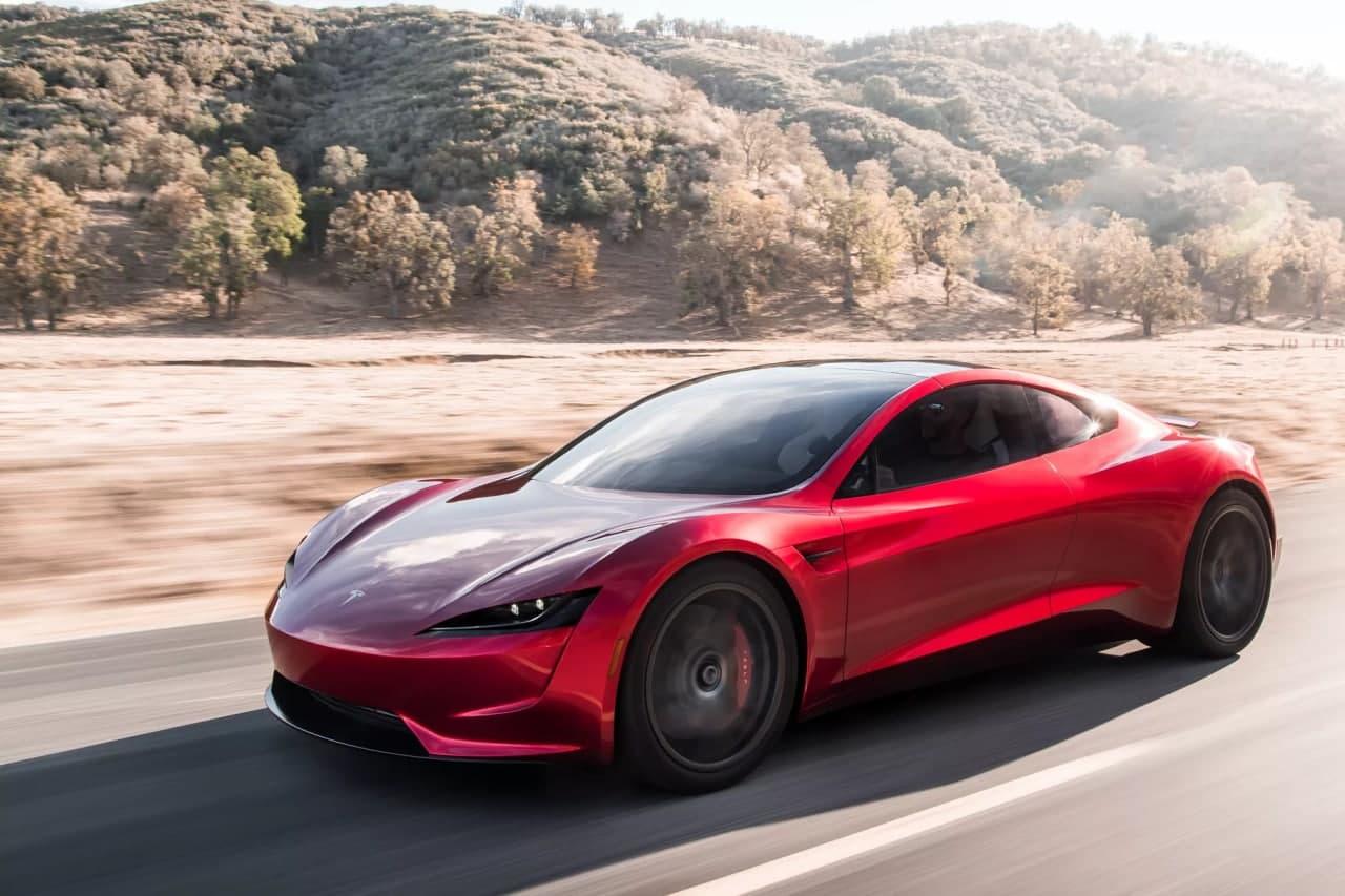 Tesla начала работу над летающим автомобилем