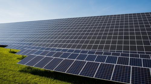 В Навоийской области построят солнечную фотоэлектростанцию на 200 МВт