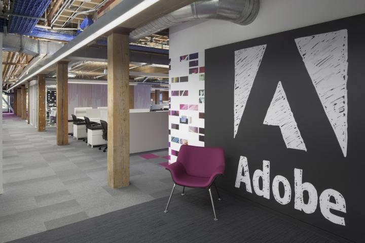 Adobe встала на налоговый учет в Узбекистане