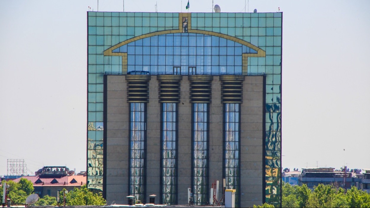 ЦБ обновил данные по внешнему долгу Узбекистана