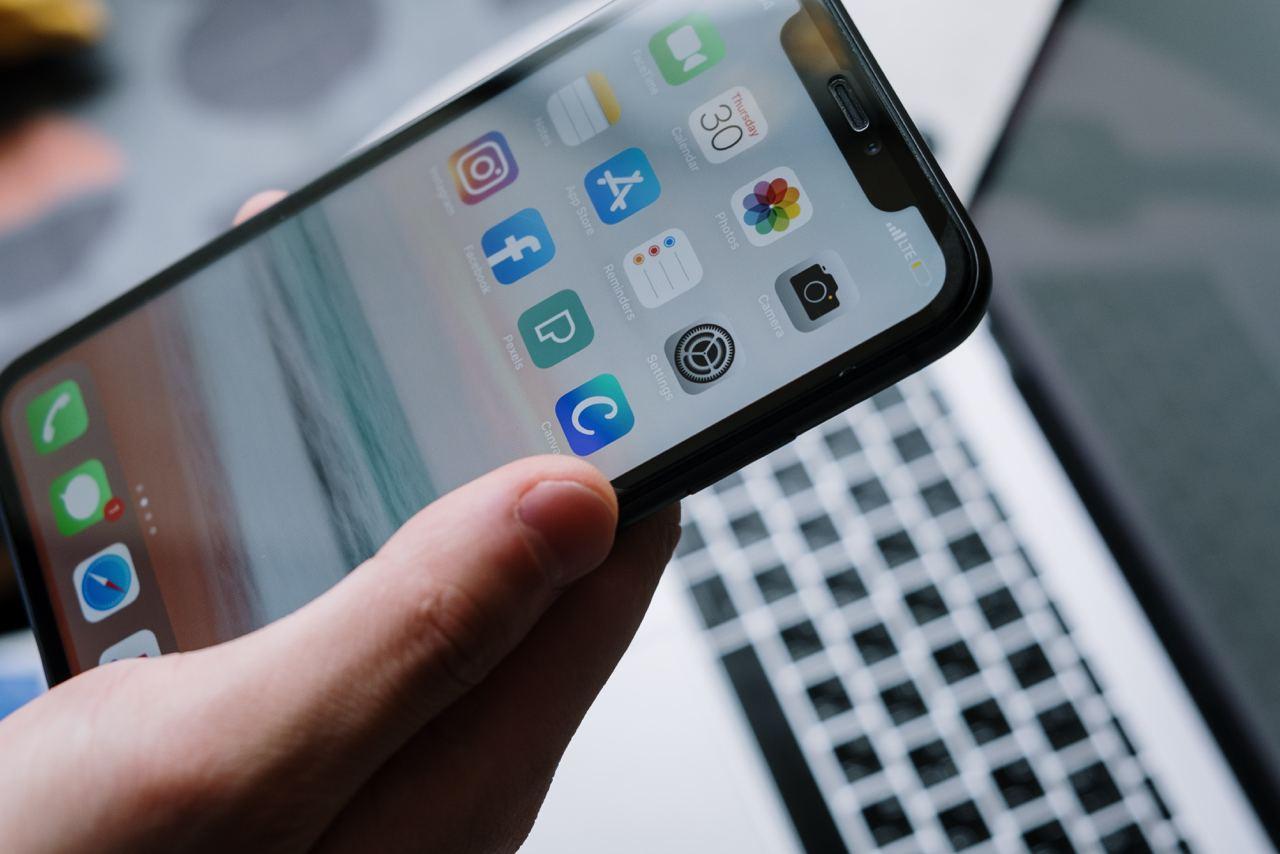 Bloomberg: Apple планирует добавить Face ID во все устройства