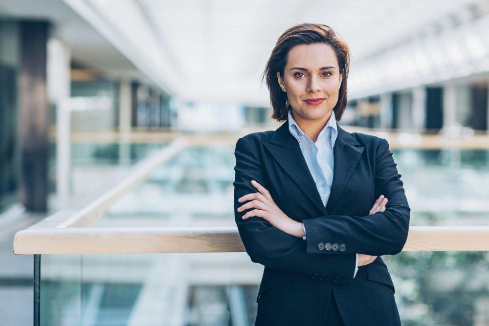 Присутствие женщин-руководителей в бизнесе оценили в 20%