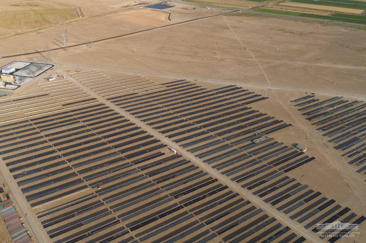 Состоялся запуск первой фотоэлектростанции в Навоийской области