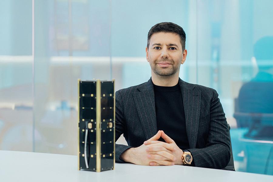 Forbes: Как уроженец Узбекистана создал компанию для запуска спутников на ракетах Илона Маска