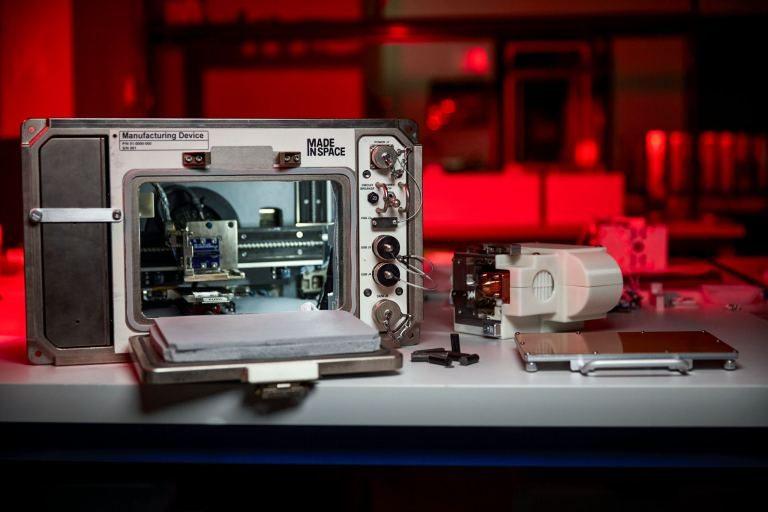 NASA создала 3D-принтер, который сможет работать на Луне