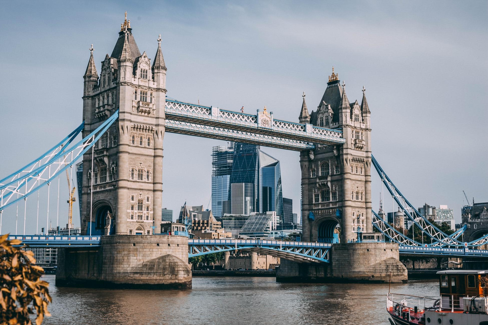 Узбекистан возобновил авиасообщение с Лондоном