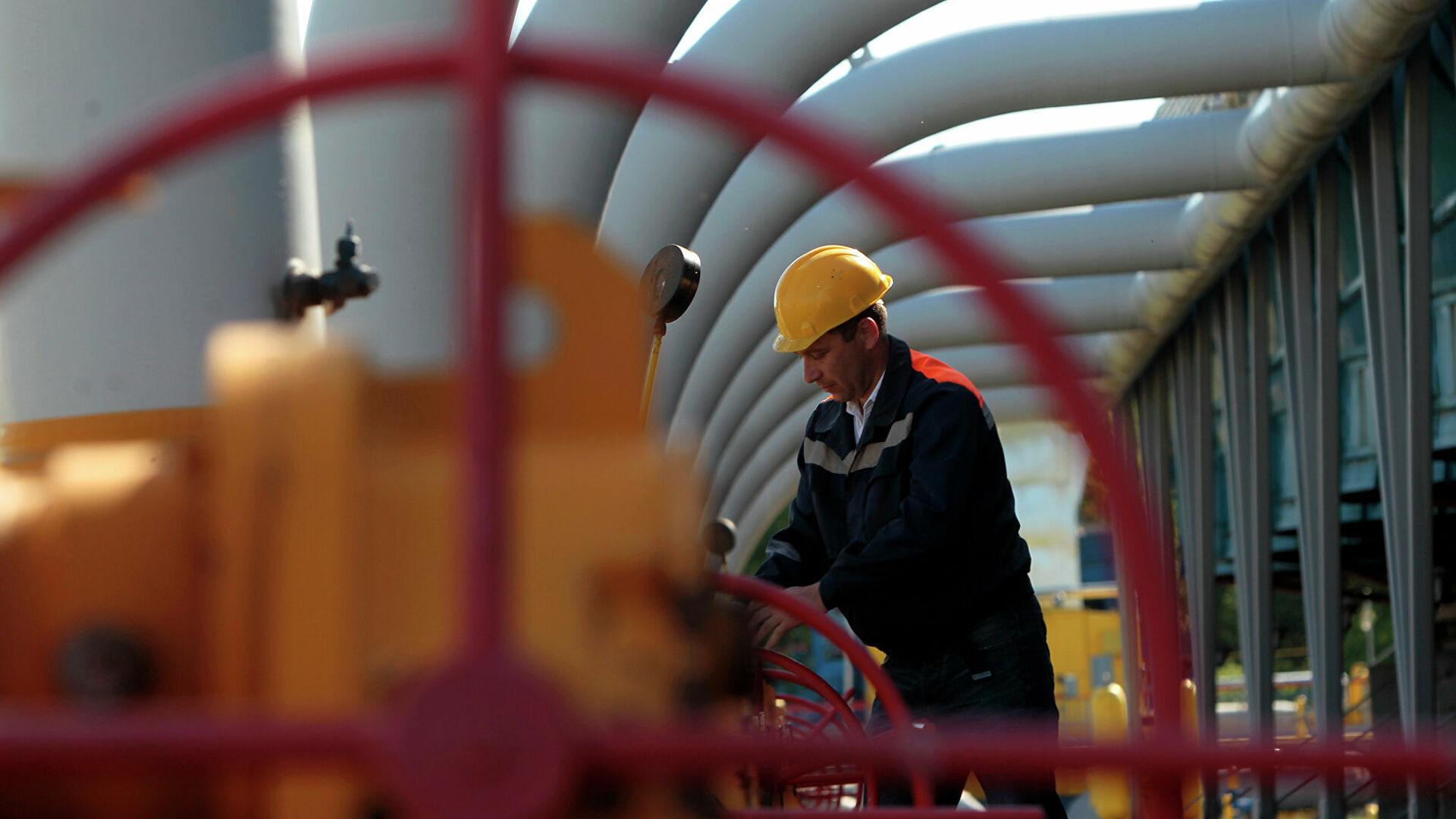 Цена газа в Европе впервые превысила 880 долларов за тысячу кубометров