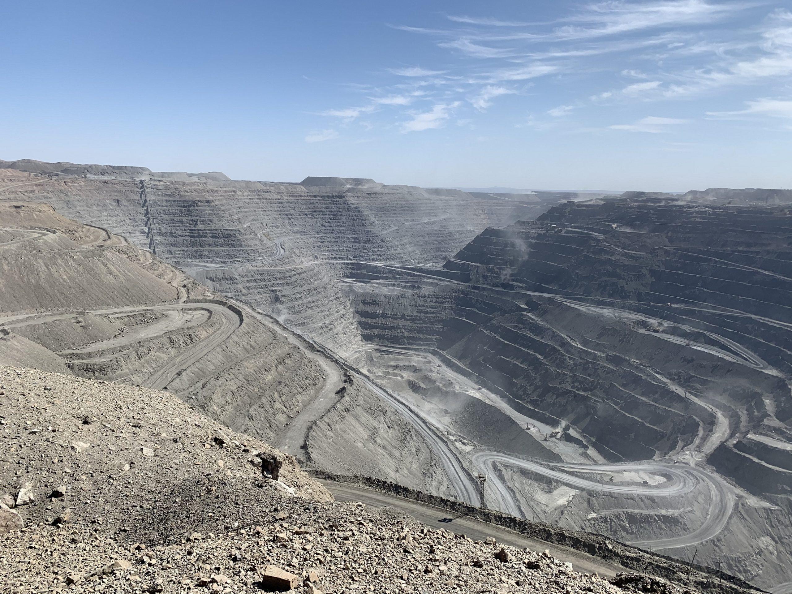 В Узбекистане могут выставить на продажу 10-15% НГМК