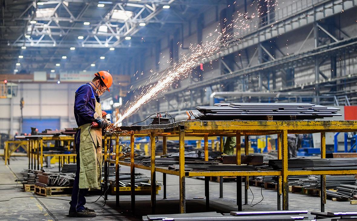 Узбекистан поднялся на одну позицию в Индексе конкурентоспособности стран в промышленности