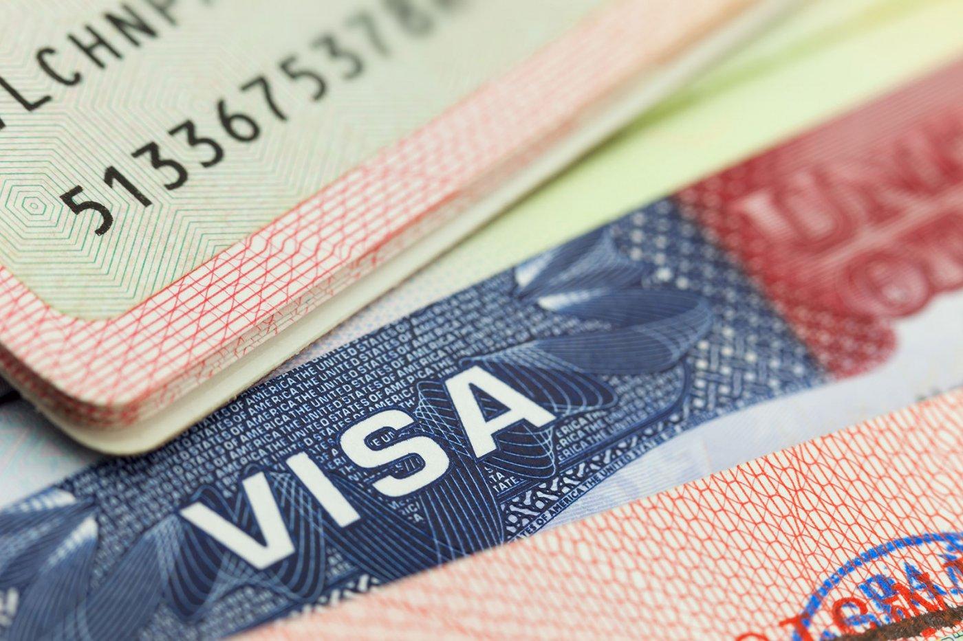 Посольство США возобновило приём документов на все категории виз